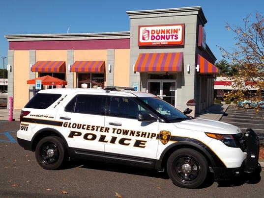 636428238078391630-glo-twp-donuts.jpg