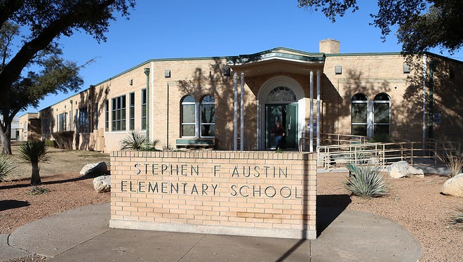 A letter to parents dated July 20, 2020 and signed by Mindy Goodnight, summer school principal and assistant principal of Austin Elementary, states a summer school teacher tested positive for the coronavirus.