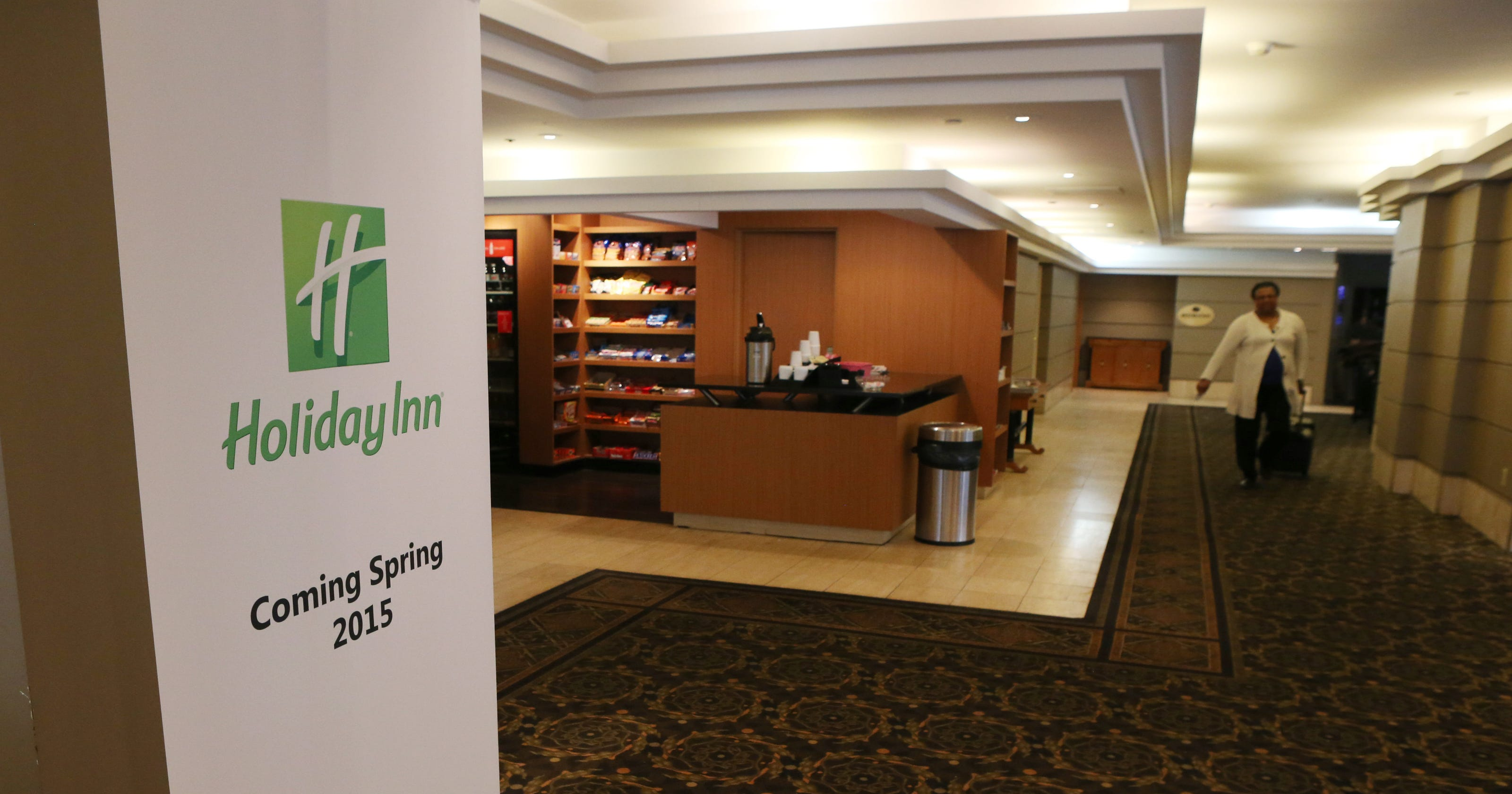 Rochester Plaza will transform into Holiday Inn franchise