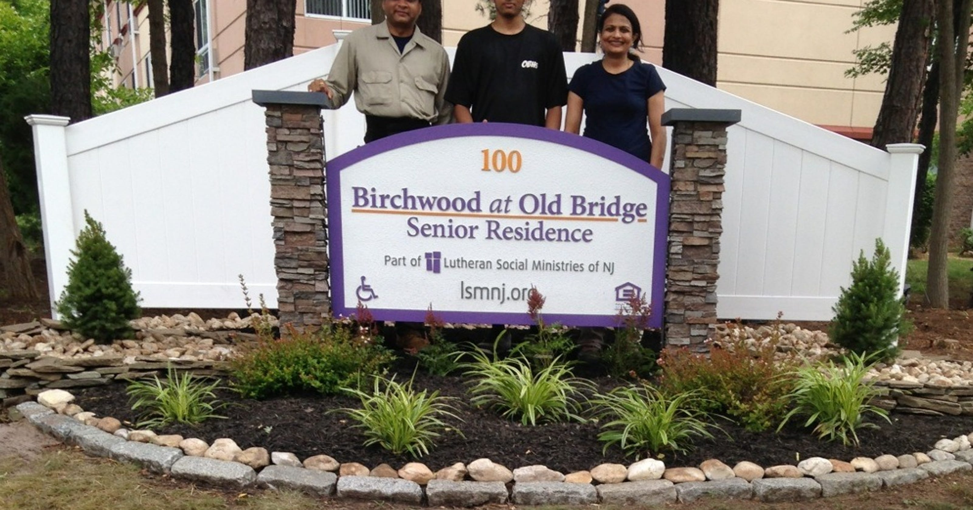 ca581d4290e07 Old Bridge Scouts spruce up landscaping at Birchwood at Old Bridge