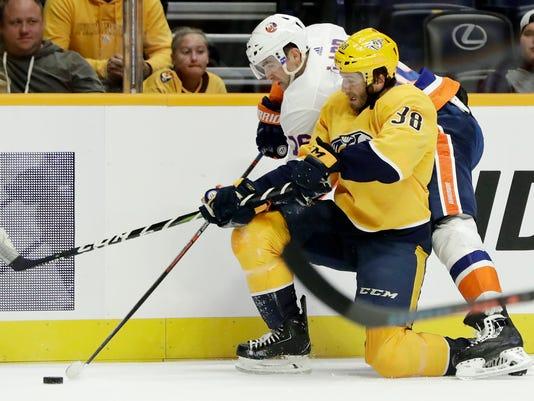 Islanders_Predators_Hockey_15950.jpg