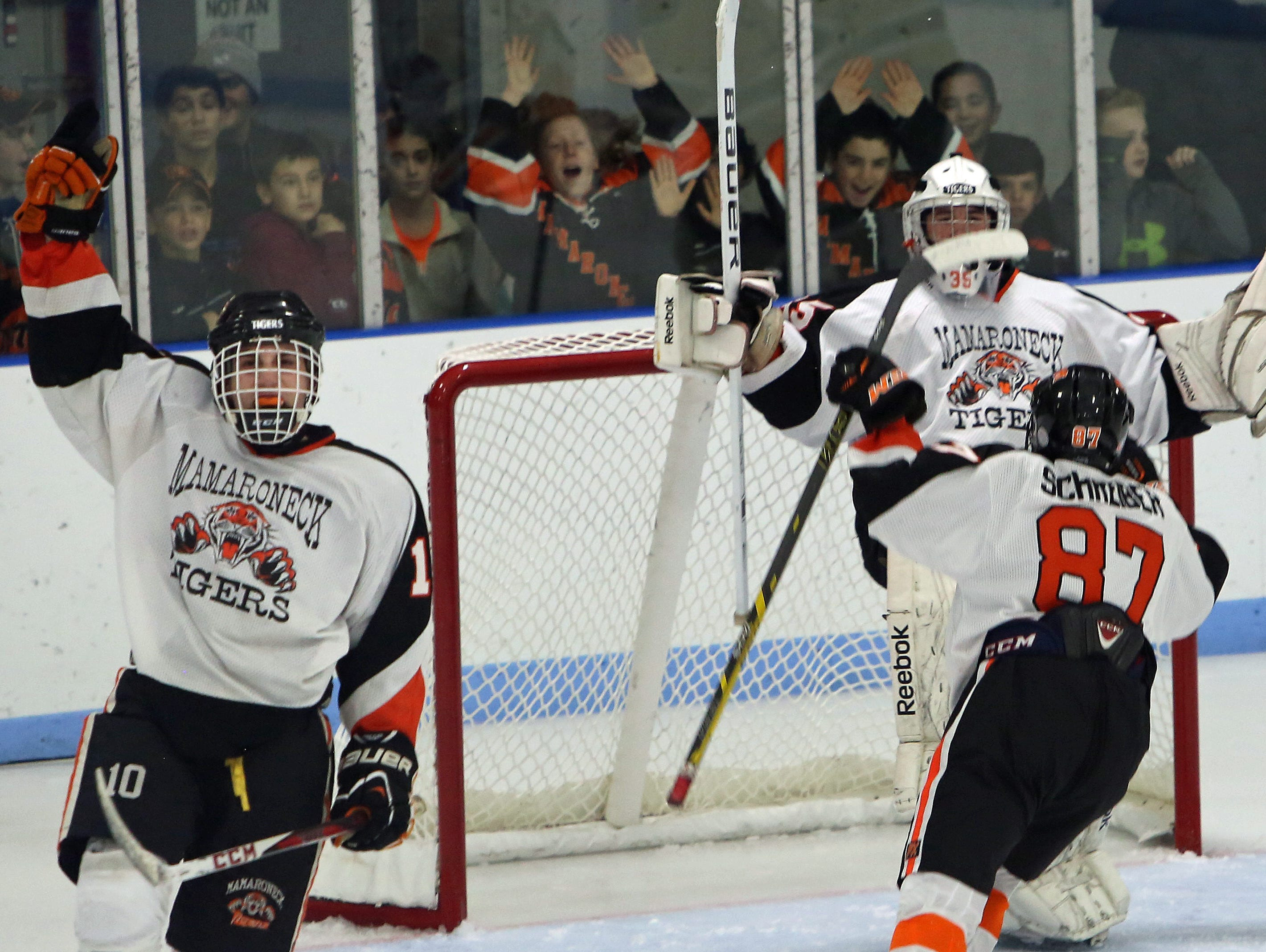 Mamaroneck is undefeated going into a Friday showdown with Suffern.