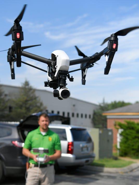 636372907135503708-NAS---Spring-Hill-police-drone-01.jpg