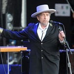 Early Bob Dylan photos emerge in new book