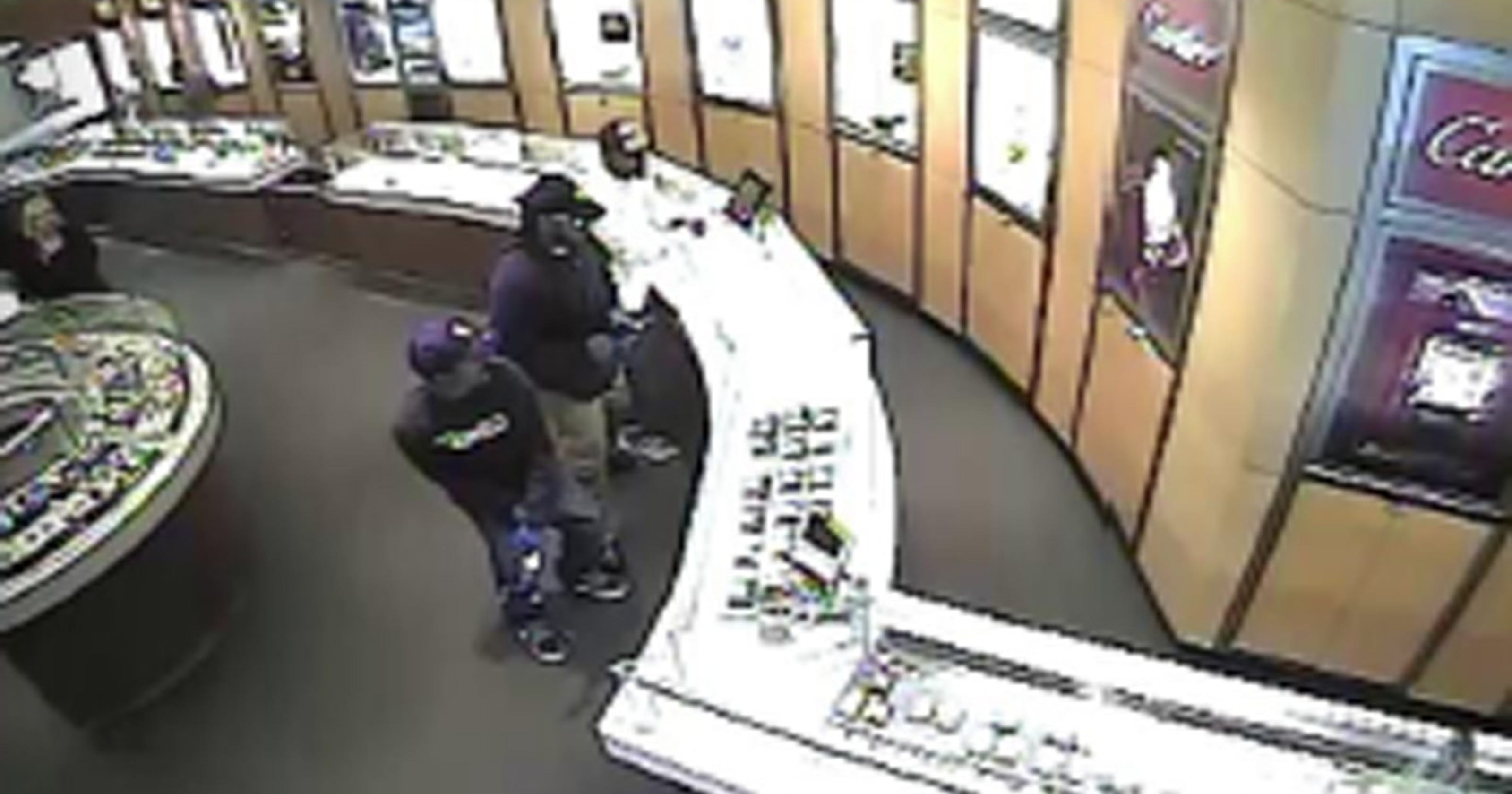 Tourneau robbery video: Watch the watch theft