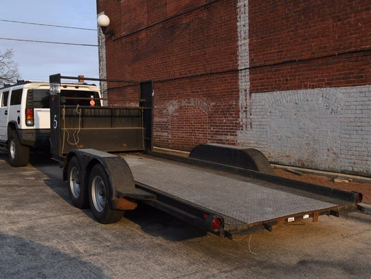 Most utility trailers do not require registration or