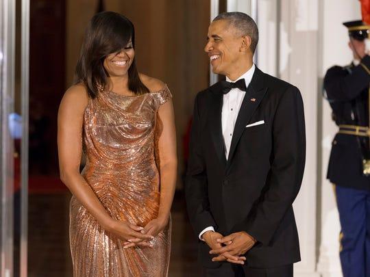 Barack y Michelle Obama producirán series y películas
