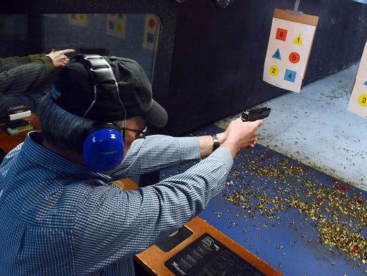 636023613989504605-Concealed-carry-weapon-permit-training01.jpg