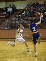 Bronte's Hunner Powell makes a move for the ball against