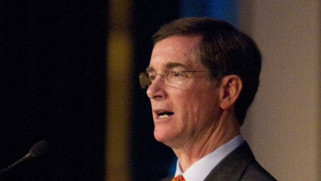 Then-Kroger CEO David Dillon addresses shareholders at the 2011 annual meeting.