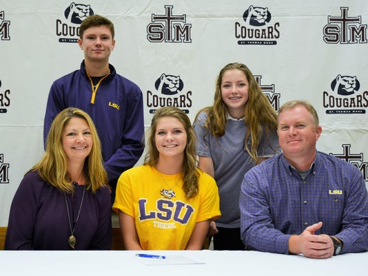 636143797943485075-Grace-Horton-LSU-Swimming.JPG