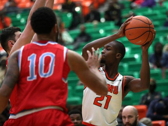 FAMU's Justin Ravenel looks to pass the ball against