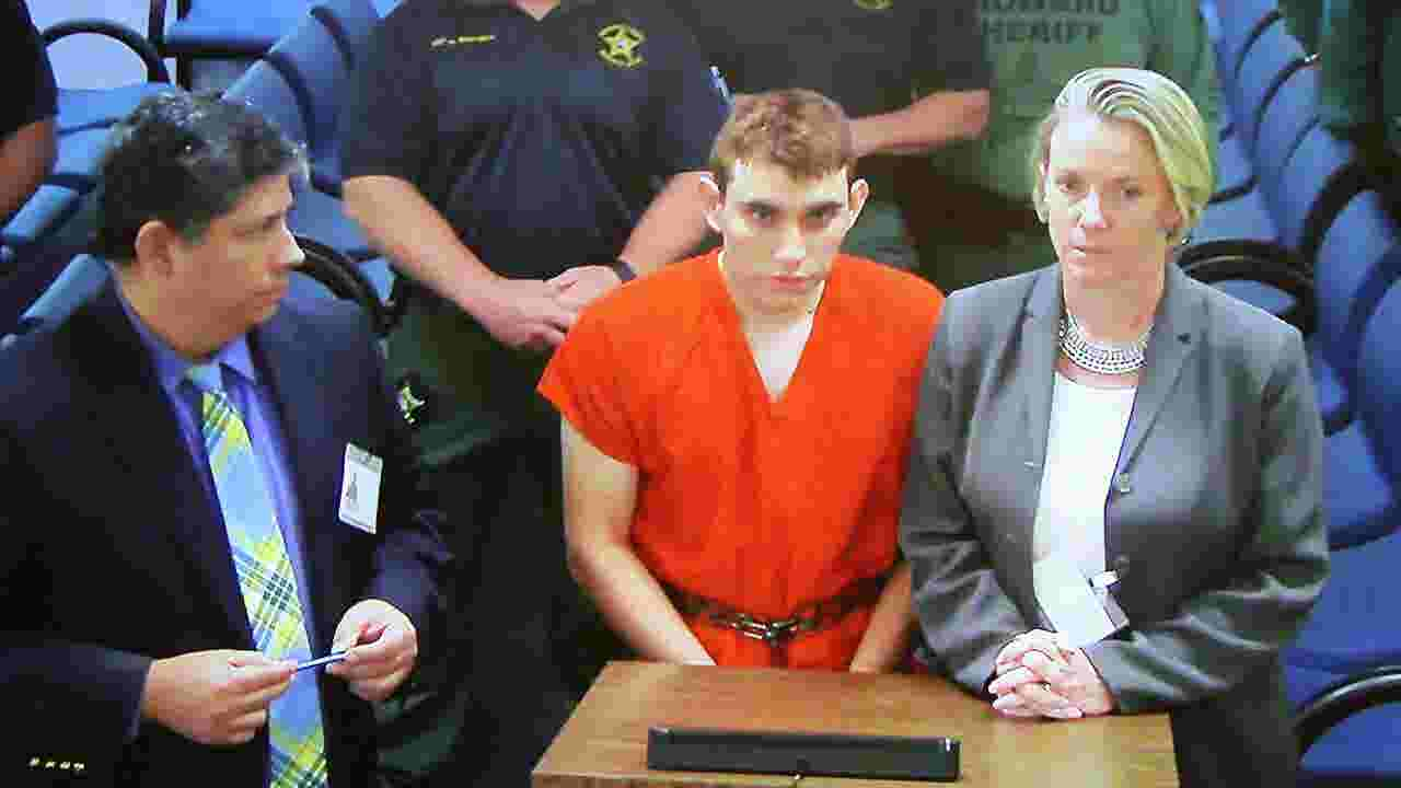 florida high school shooting suspect will plead guilty if death not