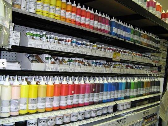 Jerry's Artarama sells supplies such as Lukas acrylics.