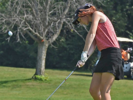 Lafayette Jeff's Sydney Gregory during sectional golf
