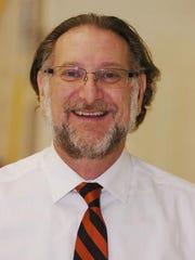 Coach Mike Venos