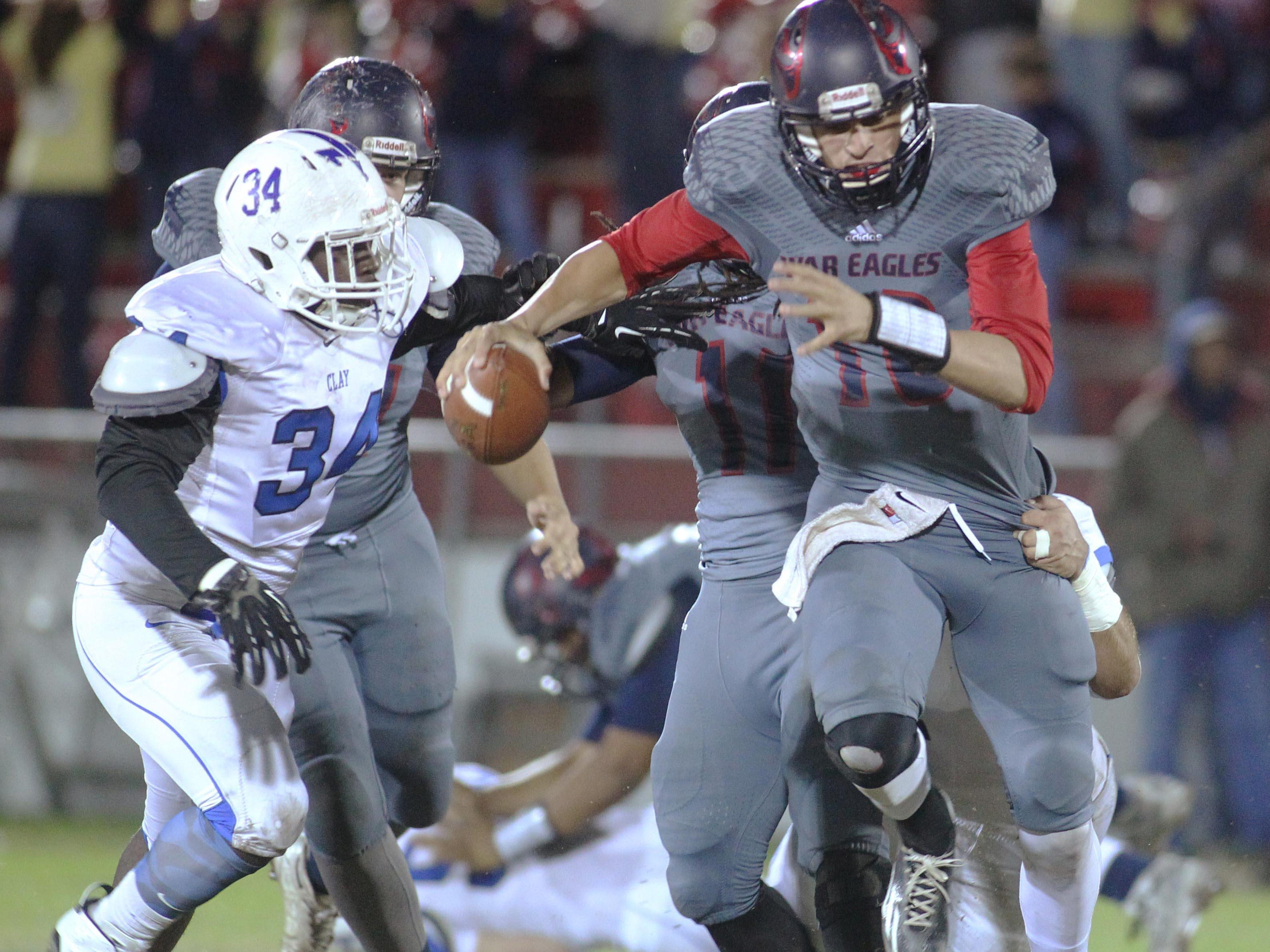 Wakulla quarterback Feleipe Franks rushed for 59 yards and threw for 175 yards and three touchdowns in a 34-24 win over Clay on Friday night in the Class 5A state semifinals.