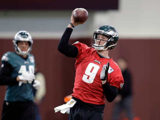 Philadelphia Eagles quarterback Nick Foles (9) throws during a practice for the NFL Super Bowl 52 football game Friday, Feb. 2, 2018, in Minneapolis. Philadelphia is scheduled to face the New England Patriots Sunday. (AP Photo/Eric Gay)