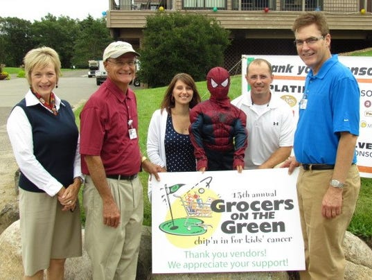 stc 1117 CT grocers on the green.jpg