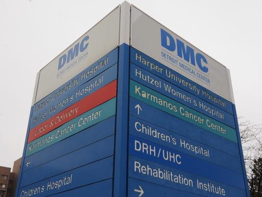 file--dmc logosign