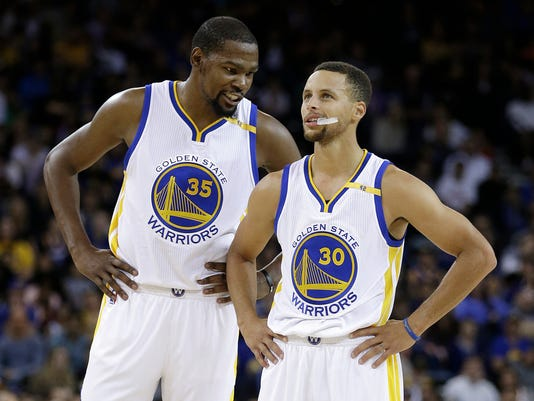 AP WARRIORS KD STEPH BASKETBALL S BKN FILE USA CA