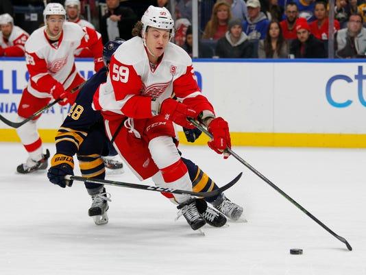 636197334048405041-AP-Red-Wings-Sabres-Hockey-N.jpg