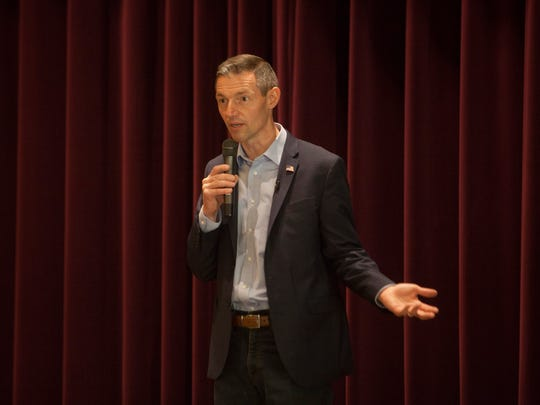Mike Kennedy speaks with Sun River residents Wednesday, June 6, 2018.