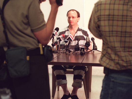 Scott Falater, during a press conference at  Madison Street jail, after his sentencing in 2000.