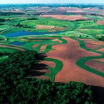 Lower Fox River partnership works to improve water quality