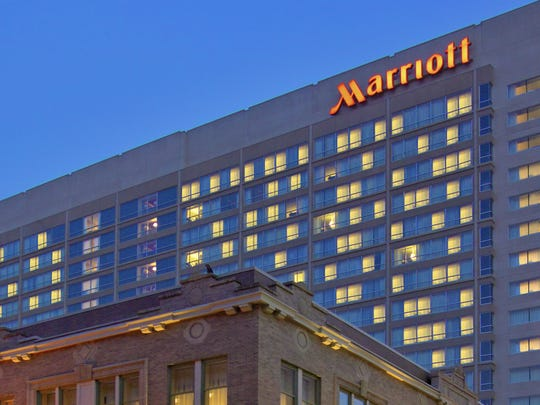 An outside view of the downtown Marriott.