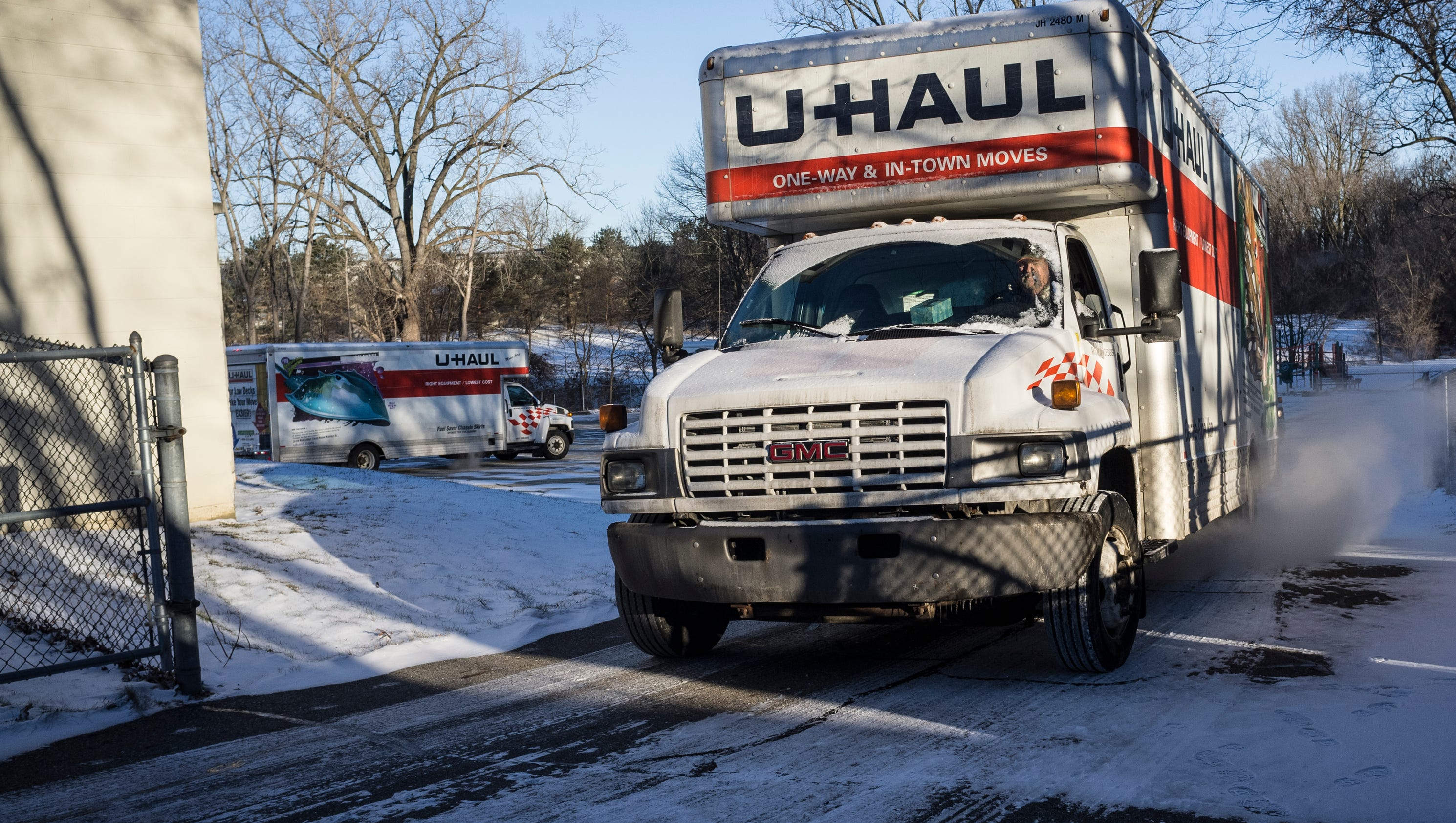 Capitol Auto Group >> State workers take water to Flint