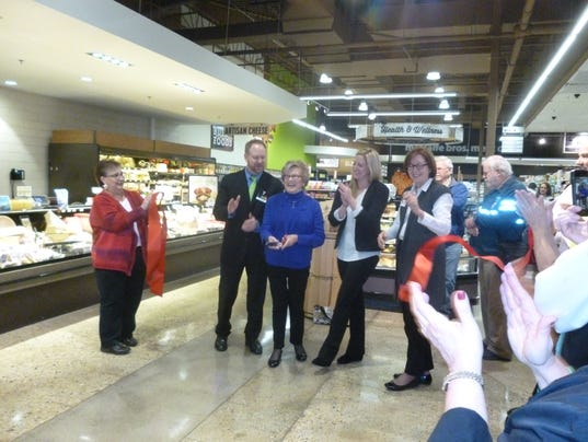 Metcalfe's grocery store grand reopening. Oct. 27, 2016