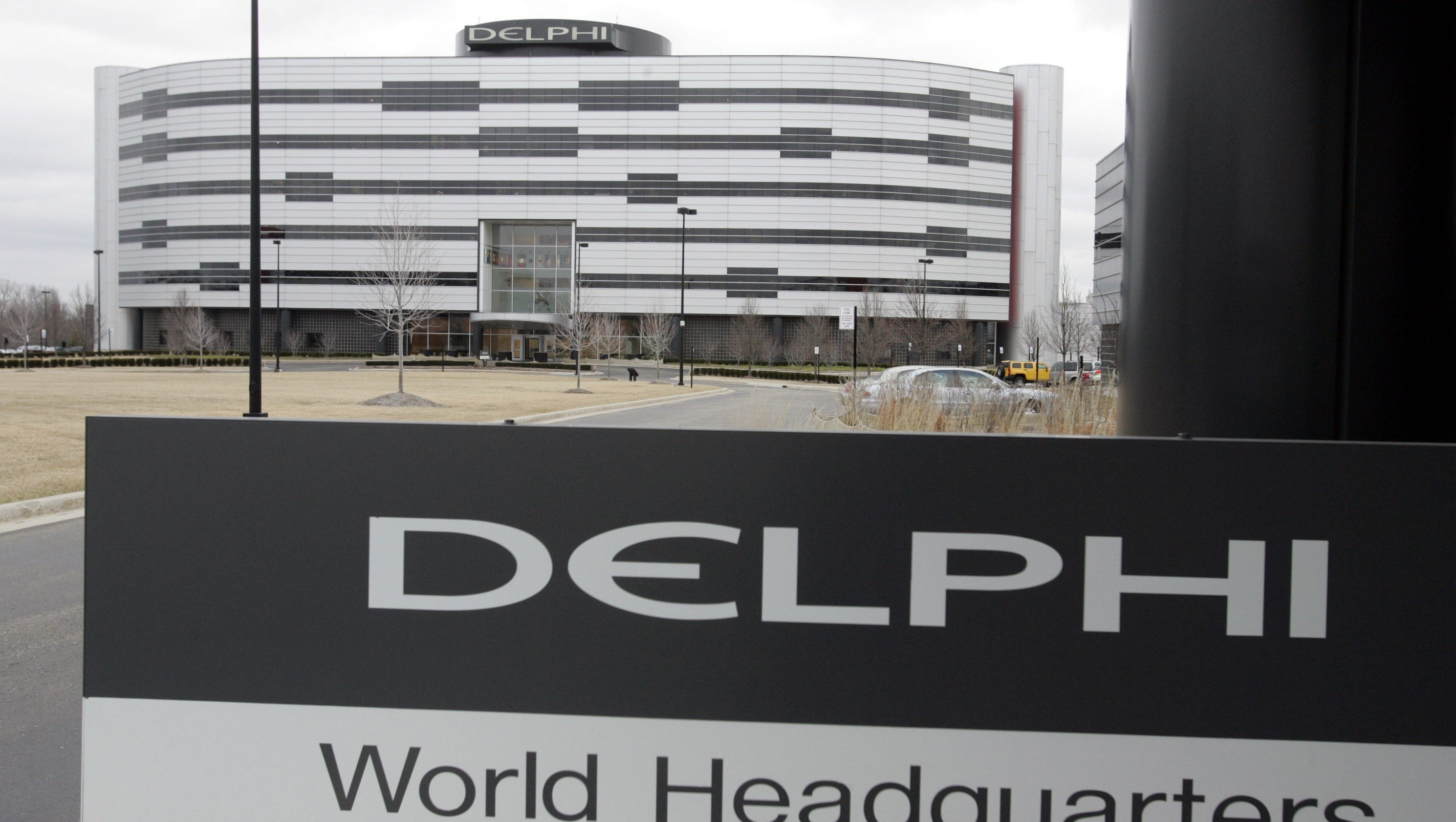 delphi to spin off 4 5 billion powertrain division into a