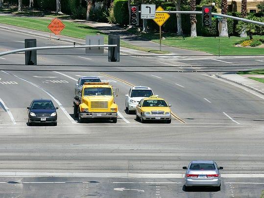 -left turn lane2.jpg_20100824.jpg