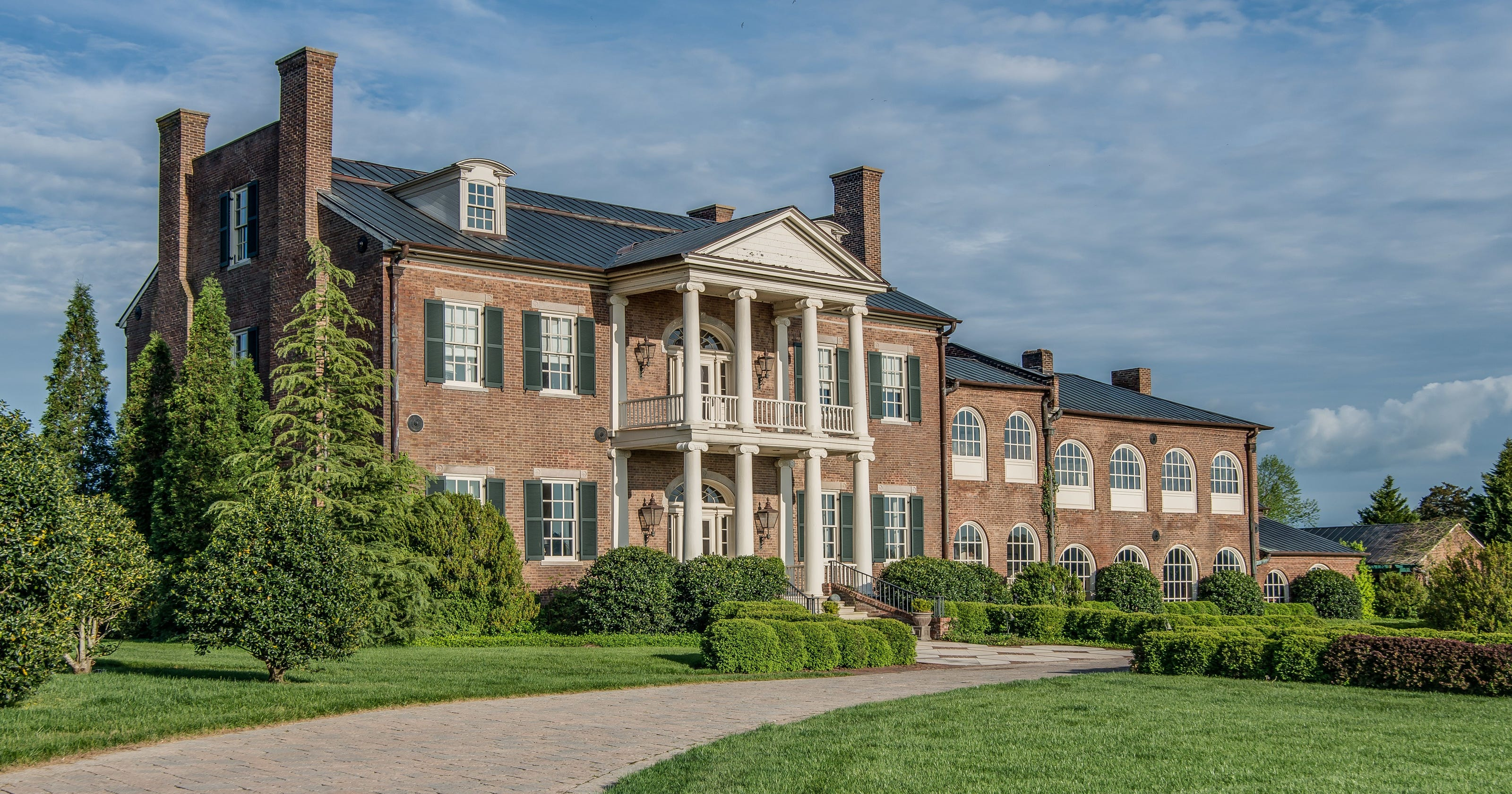 Historic Fairvue mansion listed for $6.9 million on old southern plantations, old slavery plantations, old florida plantations, beaufort south carolina old plantations, old new orleans plantations, old savannah plantations, old hawaii plantations, old natchez plantations,