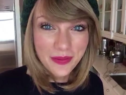 Taylor Swift Makes Fans Cry With Swiftmas Gifts