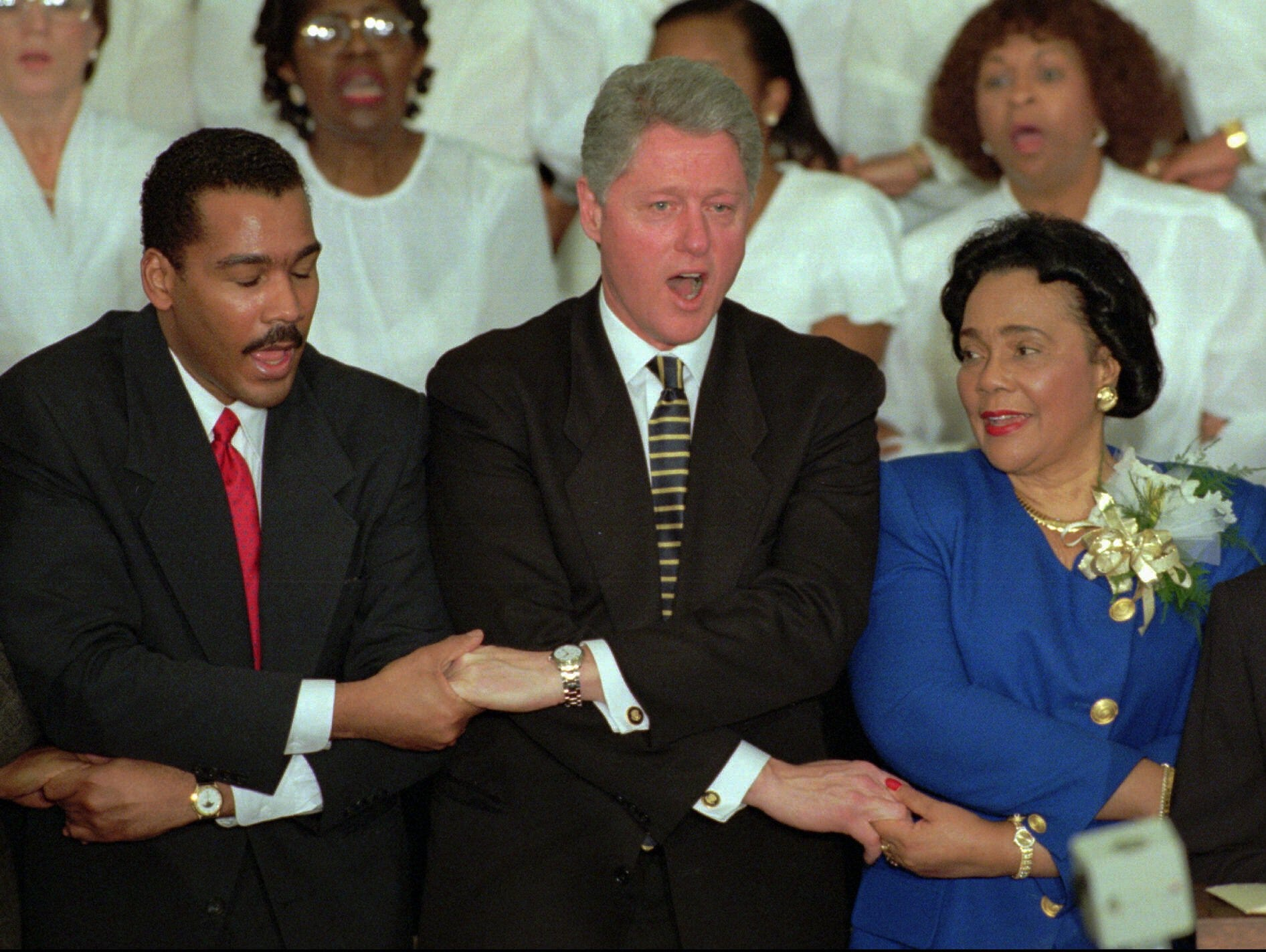 president clintons essay Bill clinton (1946-), the 42nd us president, served in office from 1993 to 2001  prior to that, the arkansas native and democrat was governor of his home.