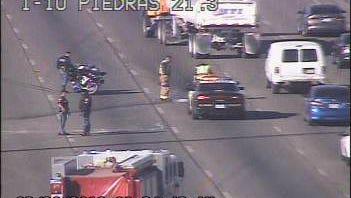 Interstate 10 westbound near Piedras Street ramp