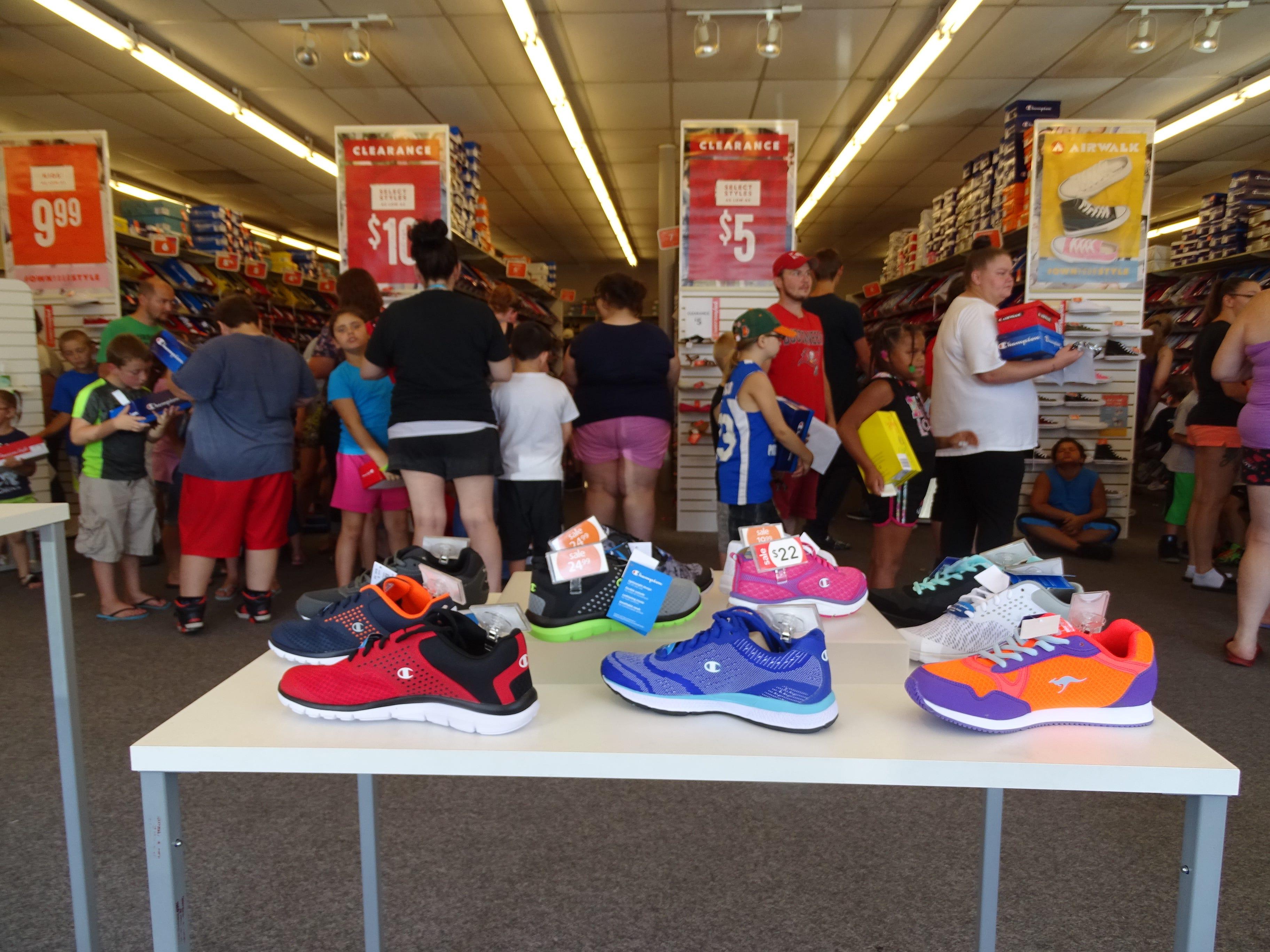 shoe stores marion shopping centre