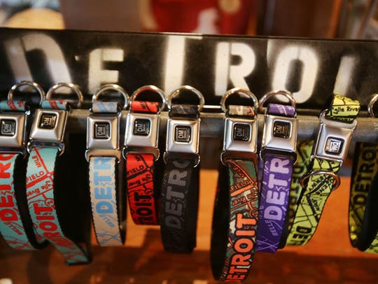 These Detroit-centric dog collars with a seat belt