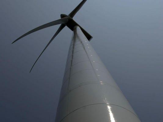 IMG_tall_turbine.jpg_1_1_BC9TV5P0.jpg_20150315.jpg