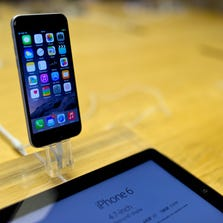 LONDON, ENGLAND - SEPTEMBER 19:  A general view of the iPhone 6 at Apples Covent Garden store launch on September 19, 2014 in London, England.  (Photo by Ben A. Pruchnie/Getty Images)