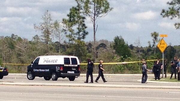 The Fort Myers Police Crime Scene unit arrives on the scene of a shooting at Lee Blvd and State Road 82.