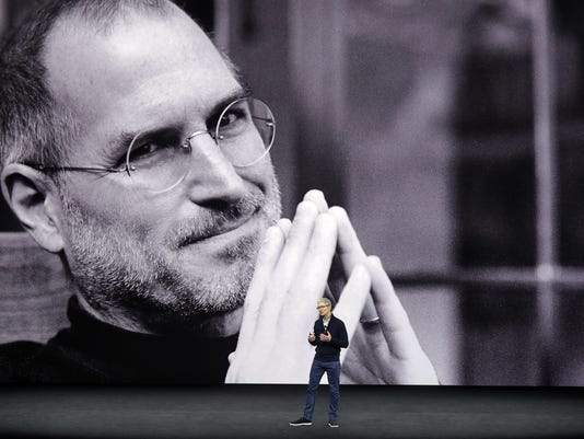 Tim Cook,Steve Jobs