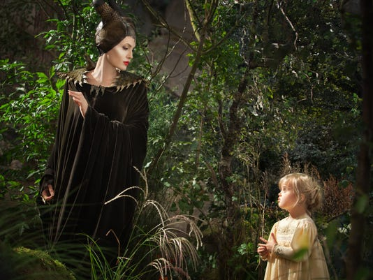 Film Review Maleficen_Diaz.jpg