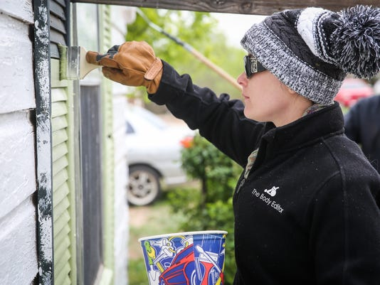 Helping Hands volunteers spruce up homes on Blitz Day