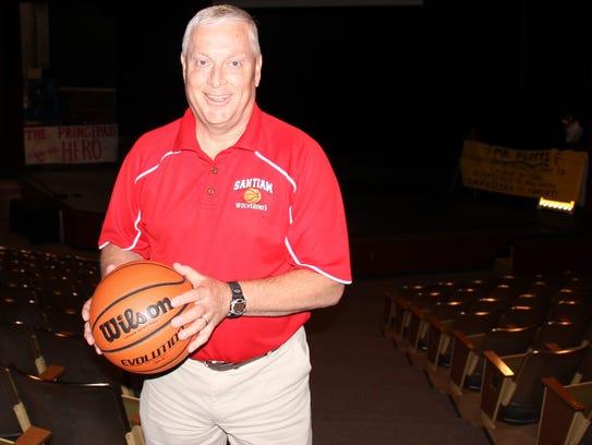 David Plotts is retiring as principal at Santiam High