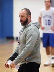 Ardsley basketball coach Sean Cappiello runs a practice