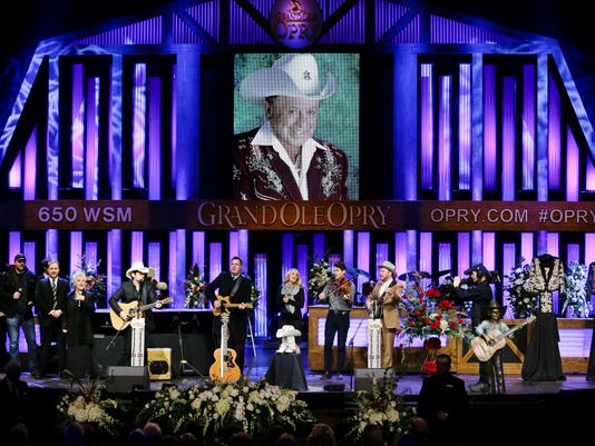 Steve Wariner, Brad Paisley, Vince Gill, Connie Smith, Carrie Underwood, The Old Crow Medicine Show