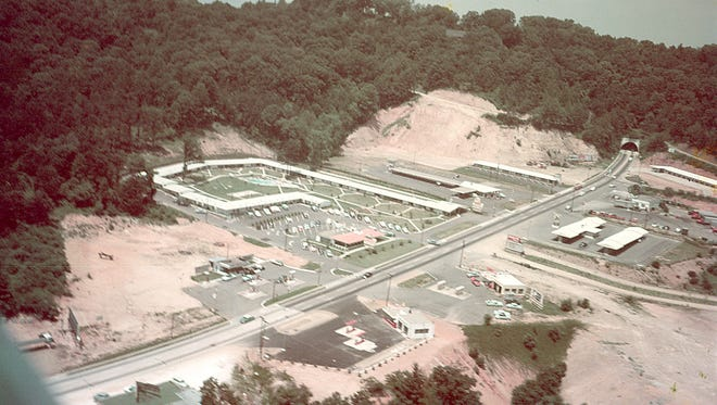 The drive-in restaurants on Tunnel Road were hubs of teenage night life in the 1950s and early 1960s.